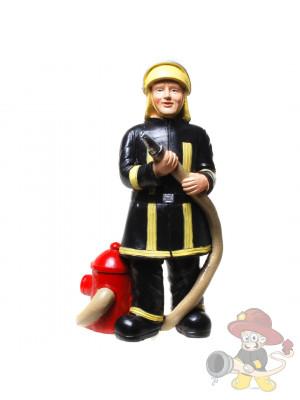 Feuerwehrmann mit Öffner